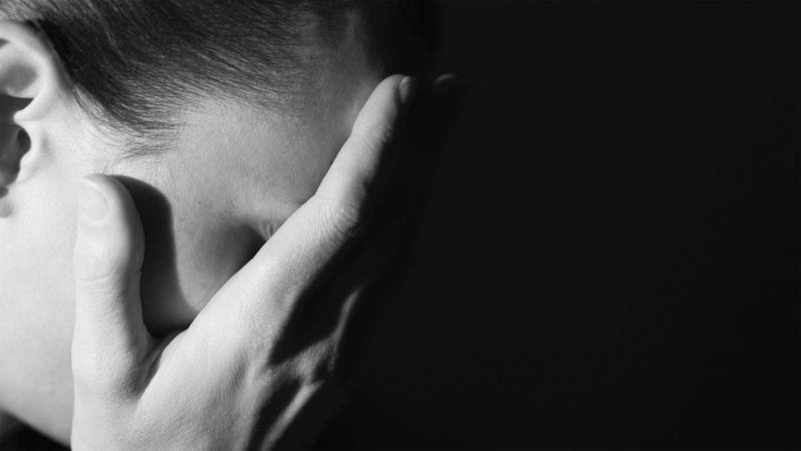 El 016 es el teléfono de atención a las víctimas de violencia machista