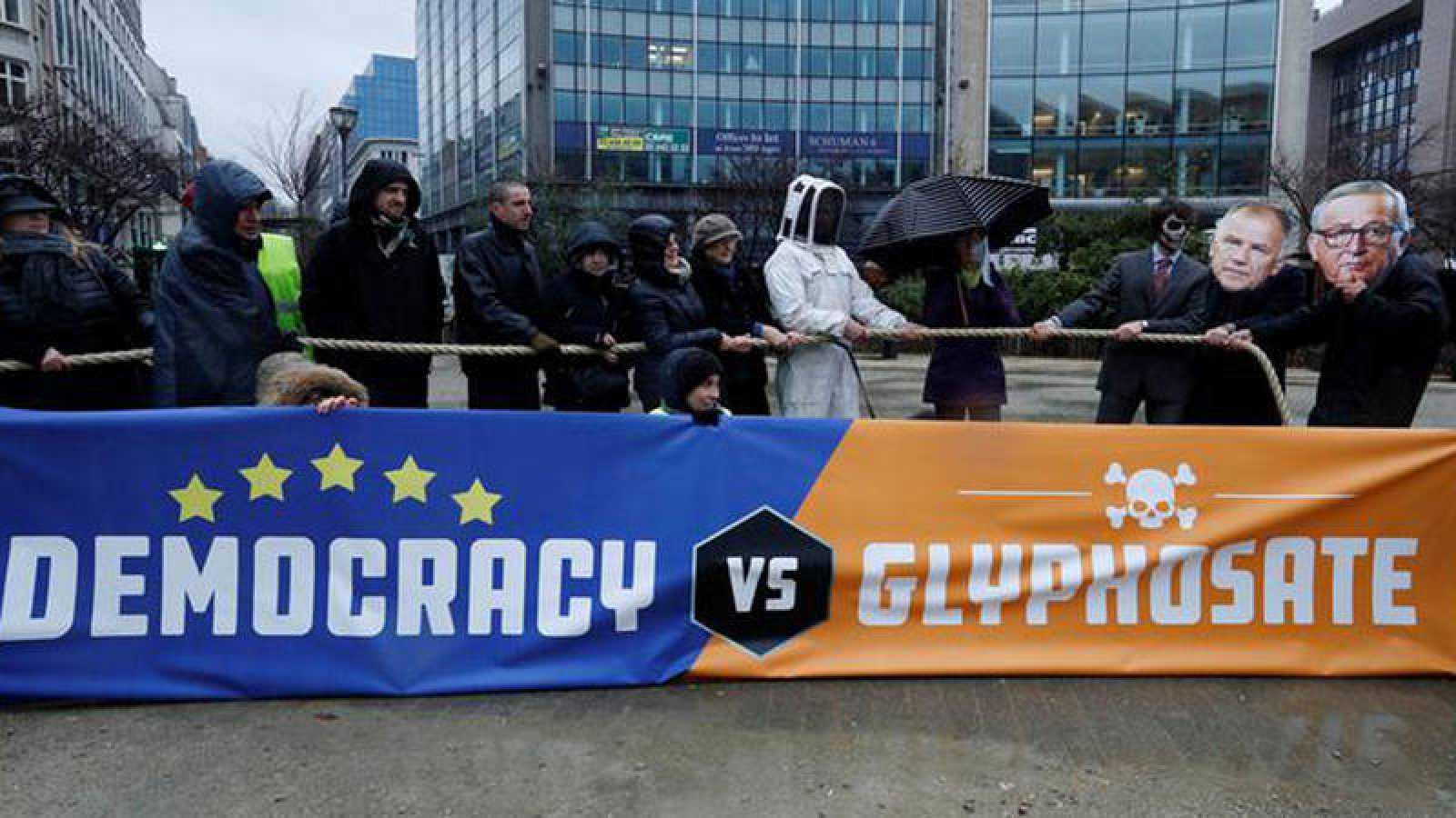 Manifestación de protesta contra la renovación de la autorización al pesticida glifosato