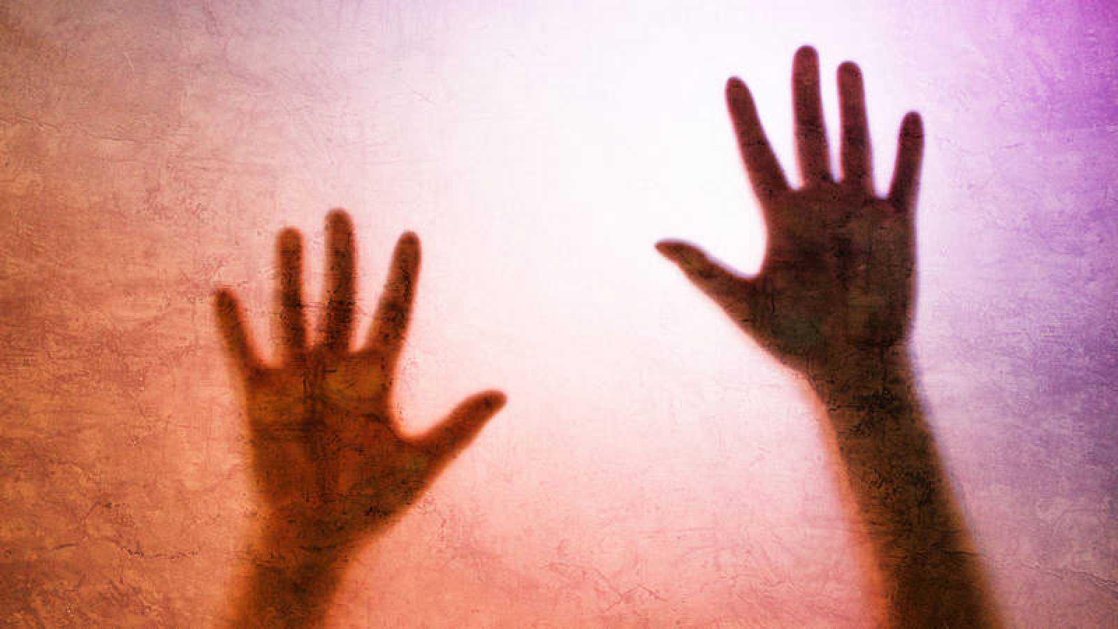 Asociaciones de mujeres y víctimas piden más formación en violencia de género en los juzgados