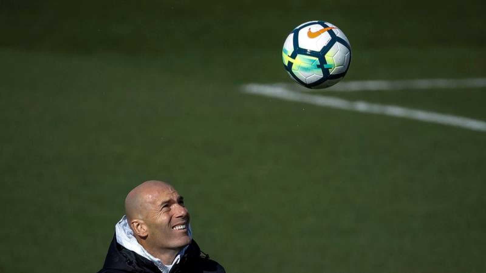 """Zidane: """"Quiero quedarme aquí mucho tiempo"""""""