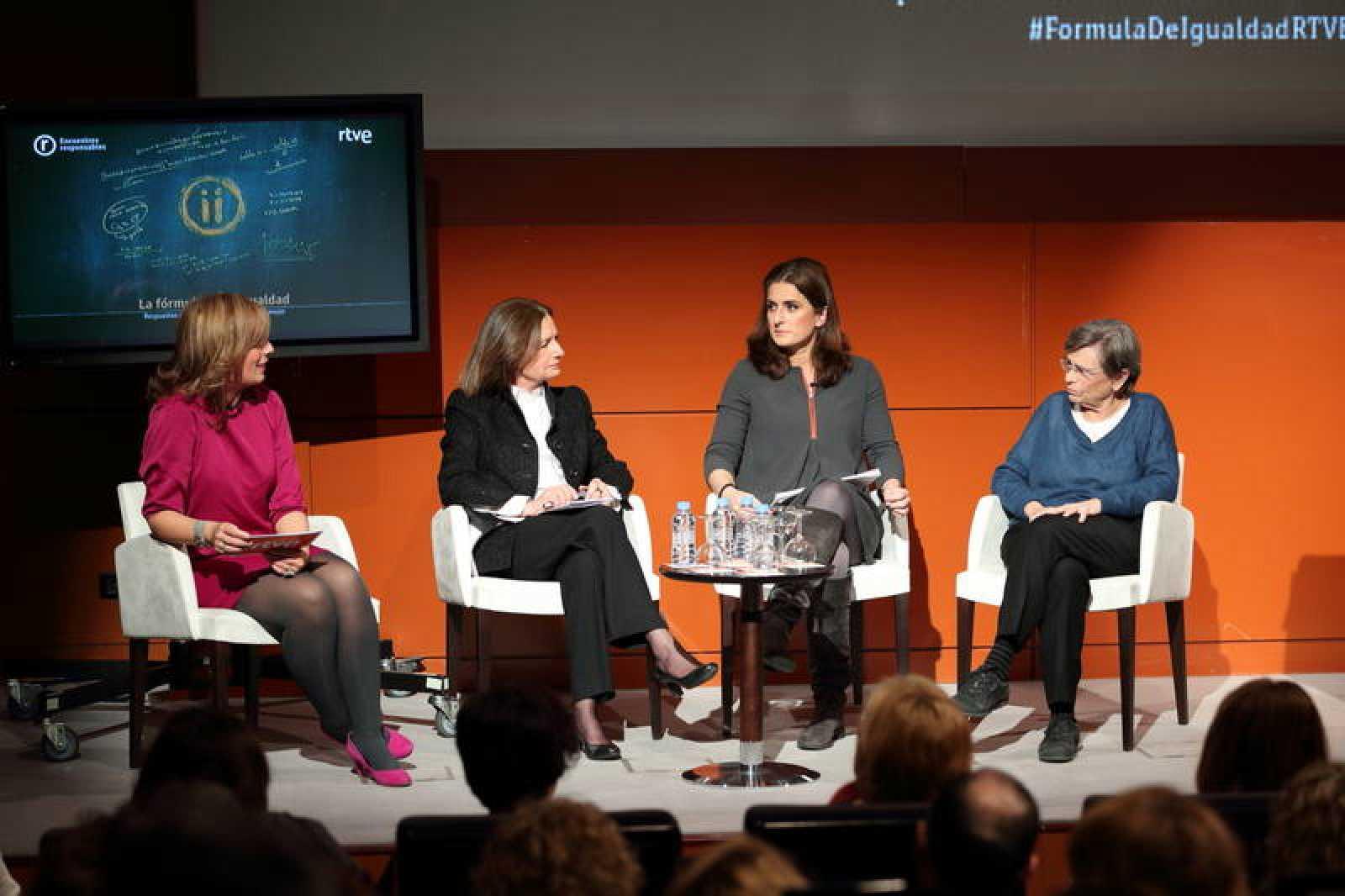 María Eizaguirre, Marisa Ciriza, Paloma Urgorri y Eulalia Lledó en el Encuentro Responsable sobre Igualdad