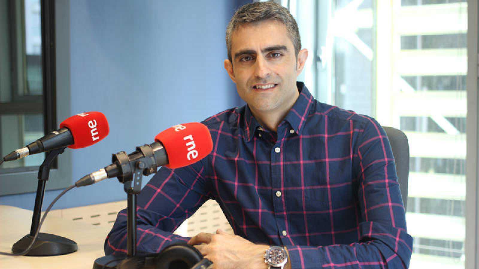 Carles Mesa, director y presentador de 'Gente despierta'.