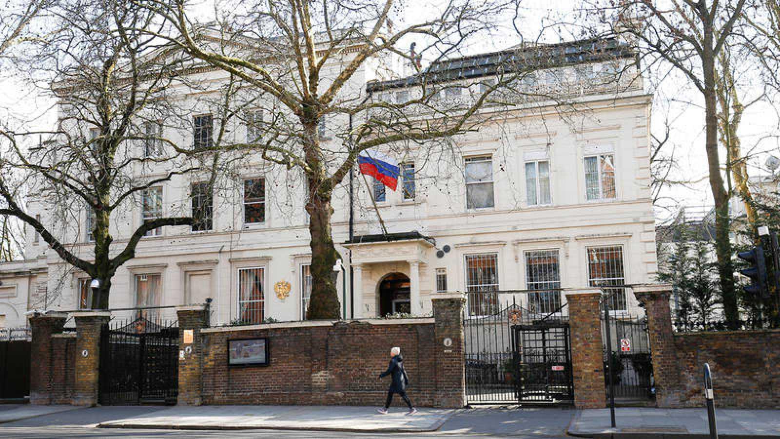 Vista de la embajada rusa en Londres, ahora vacía por orden de May por el caso Skripal