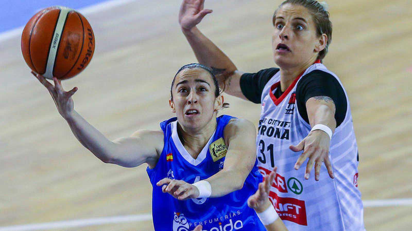 Imagen del primer partido de la final de la Liga femenina.