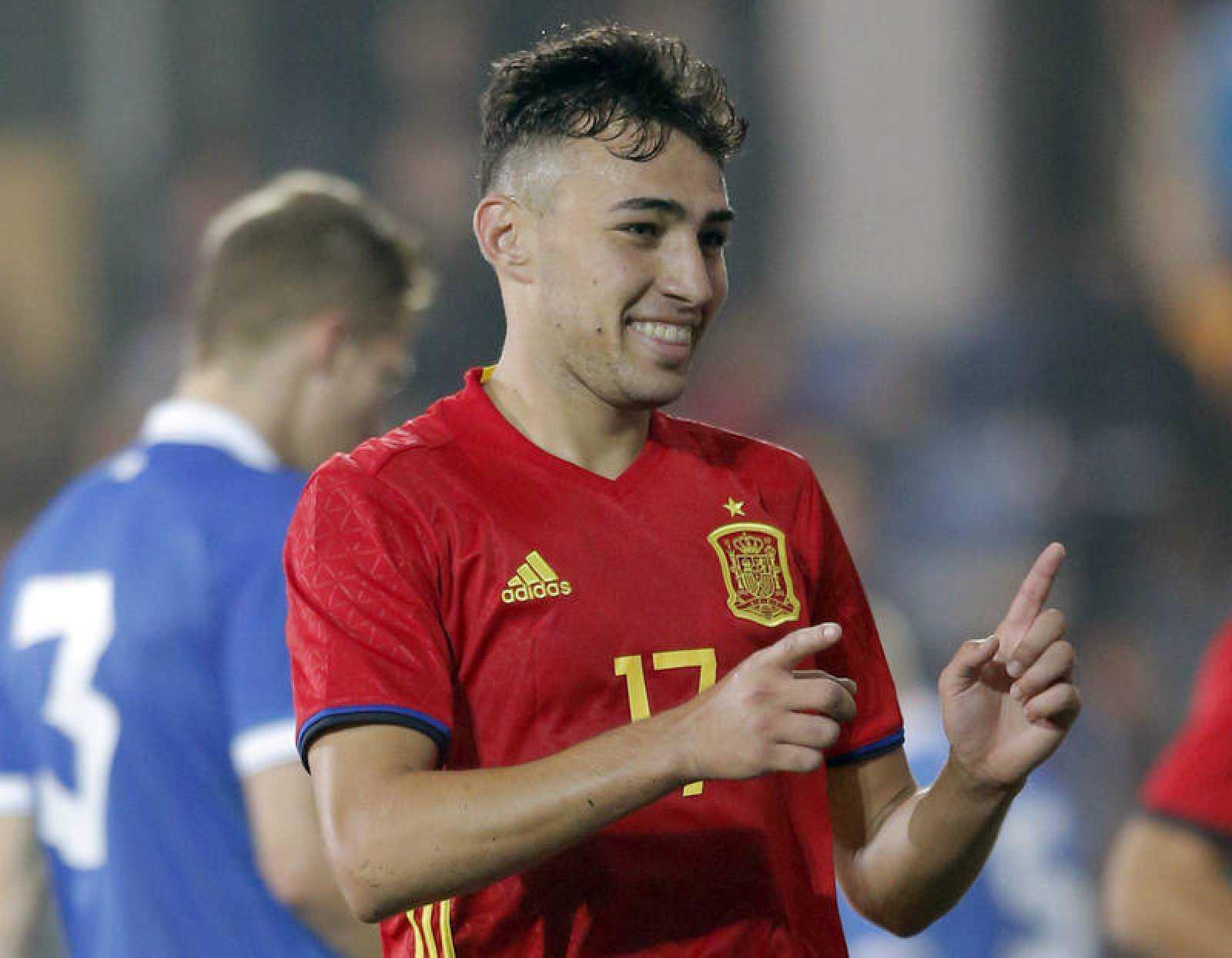 Imagen de archivo de Munir El Haddadi Mohamed con la camiseta de la selección española sub'21.