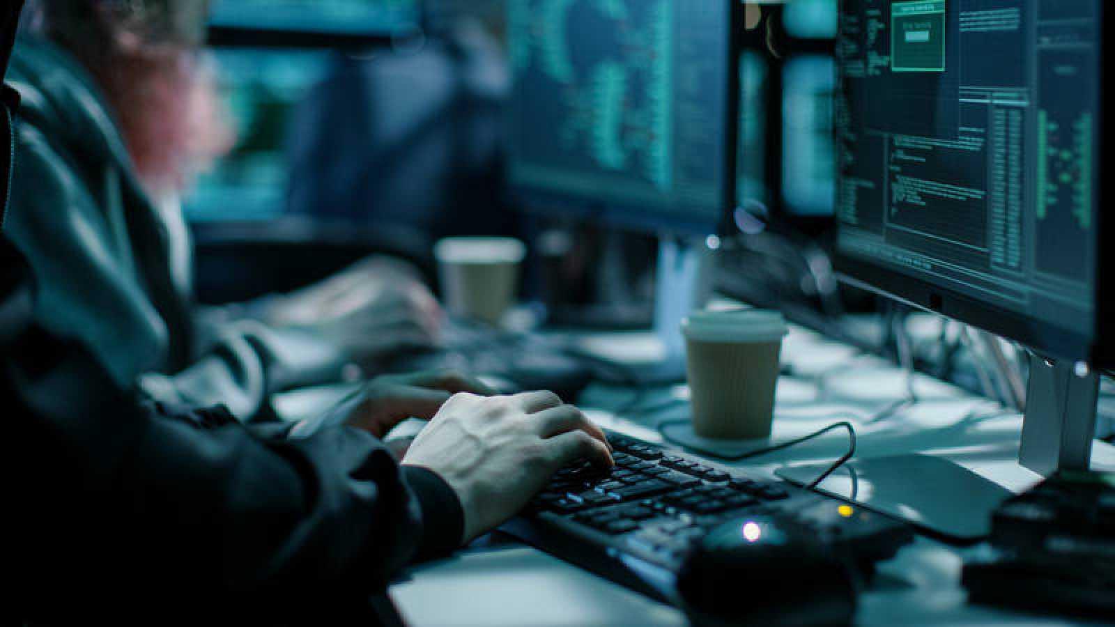 """El Gobierno de La Haya cree que Rusia ha desarrollado un """"programa cibernético ofensivo que apunta, entre otros, a Holanda y a los intereses holandeses""""."""