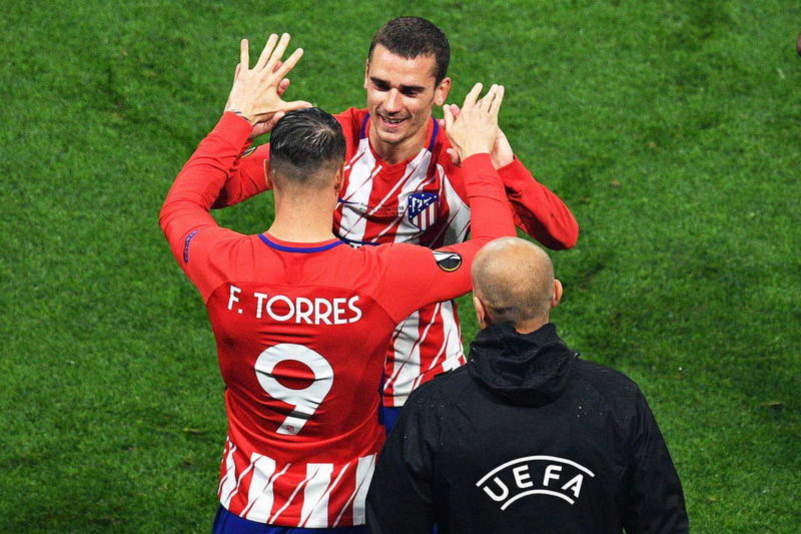 Fernando Torres sustituye a Griezmann en el minuto 90 de la final de la Europa League.