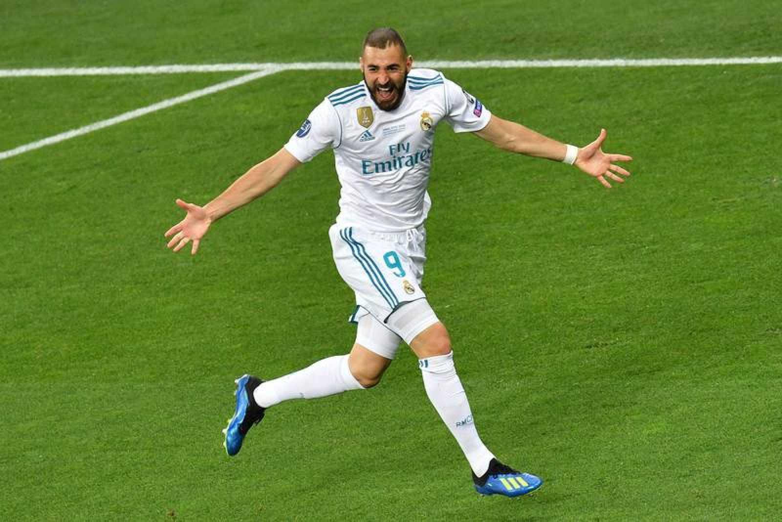 Benzema celebra su gol en la final de Champions.
