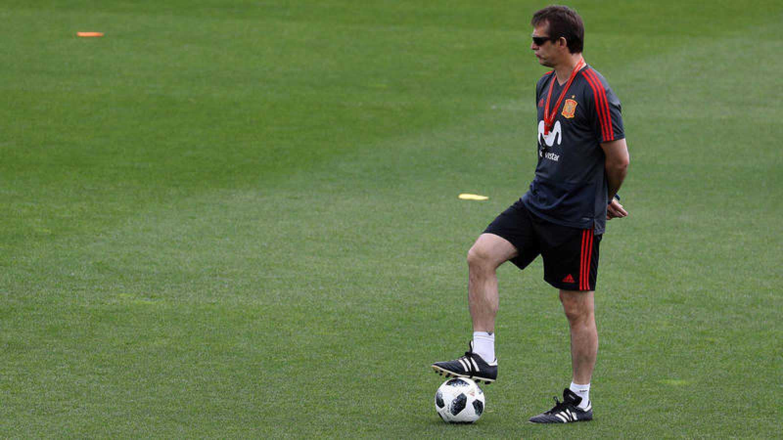 Julen Lopetegui, en un entrenamiento con la selección.