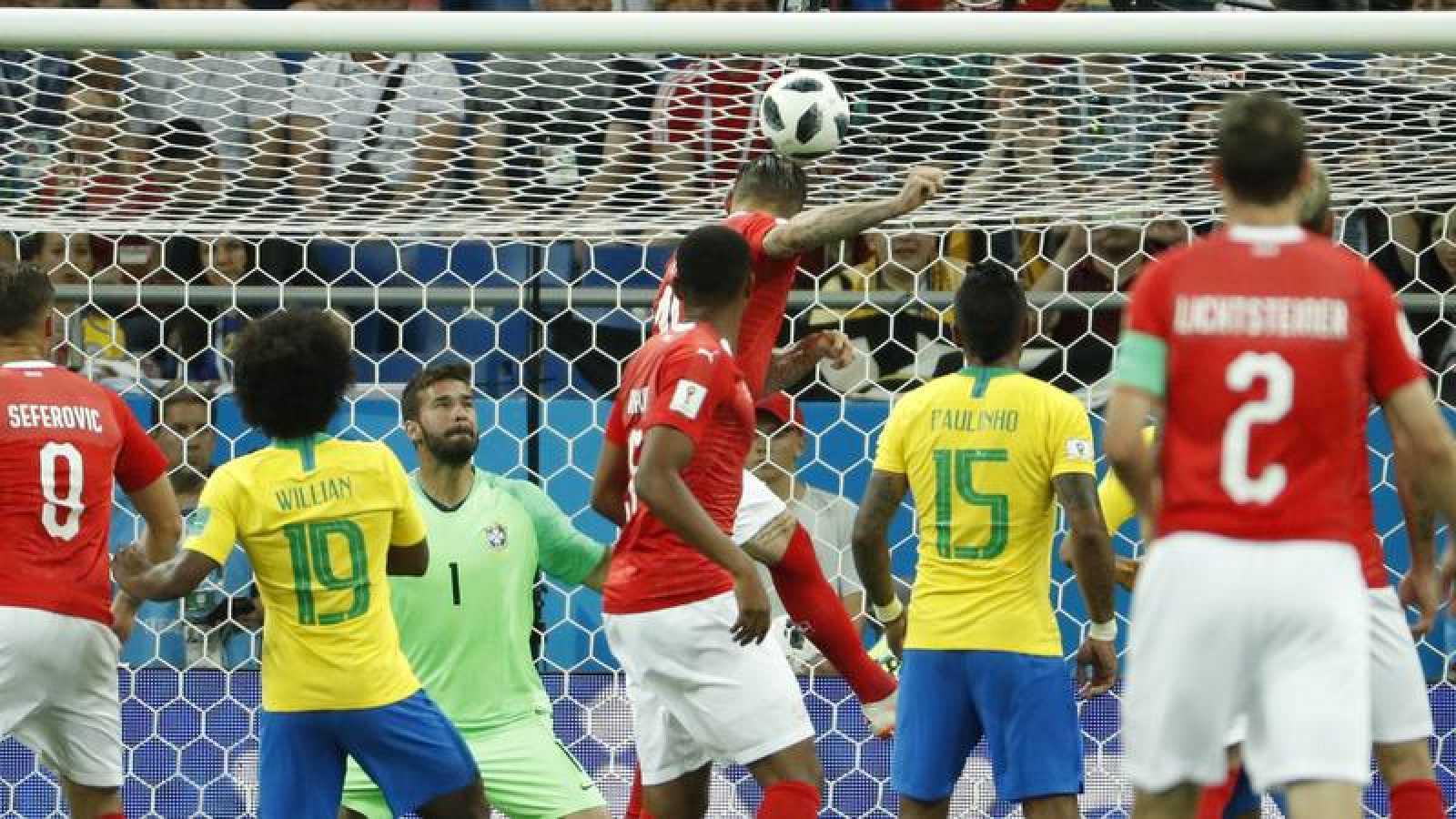 Brasil pide explicaciones a la FIFA por no activar el VAR tras el empate con Suiza