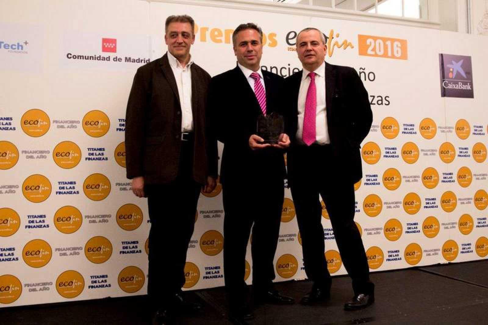 Premio 'Titanes de las Finanzas' 2016