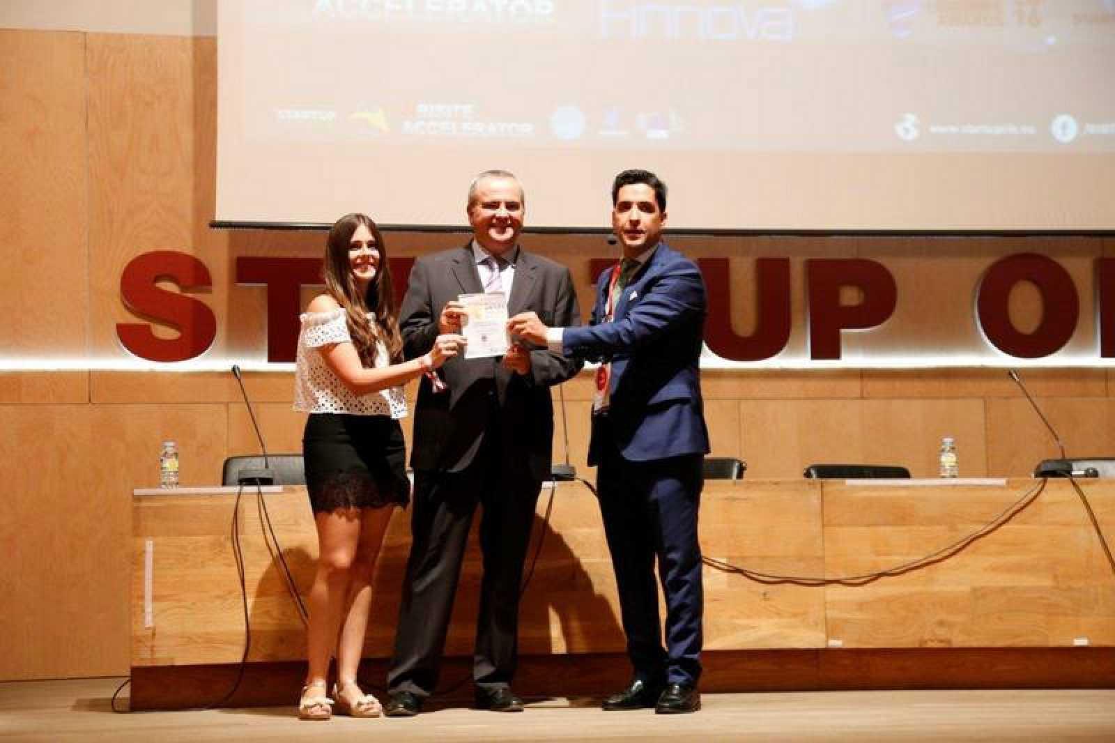 Recognition Award Startup Olé 2016