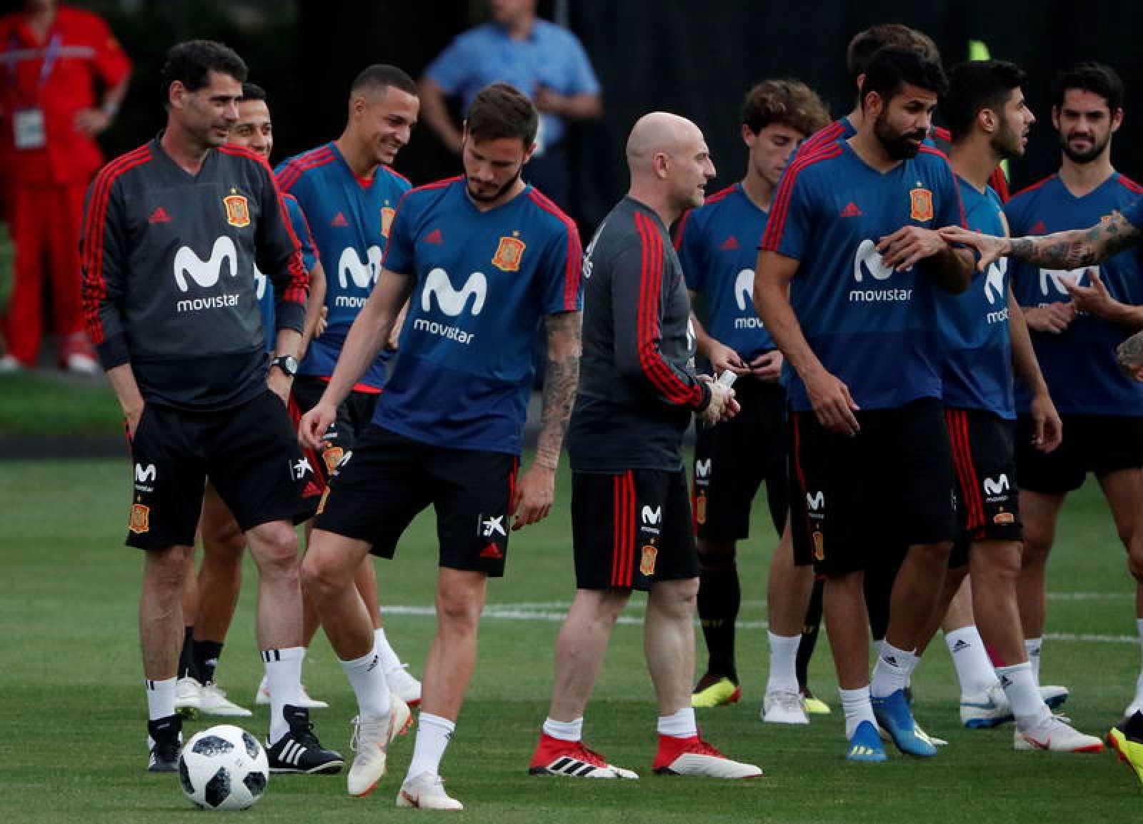 La selección española durante un entrenamiento en Krasnodar.