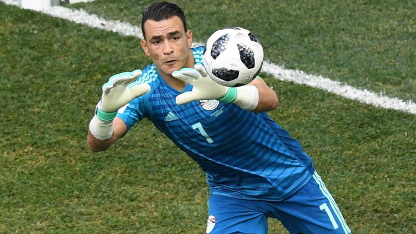 El portero egipcio Essam El Hadary, durante el partido.
