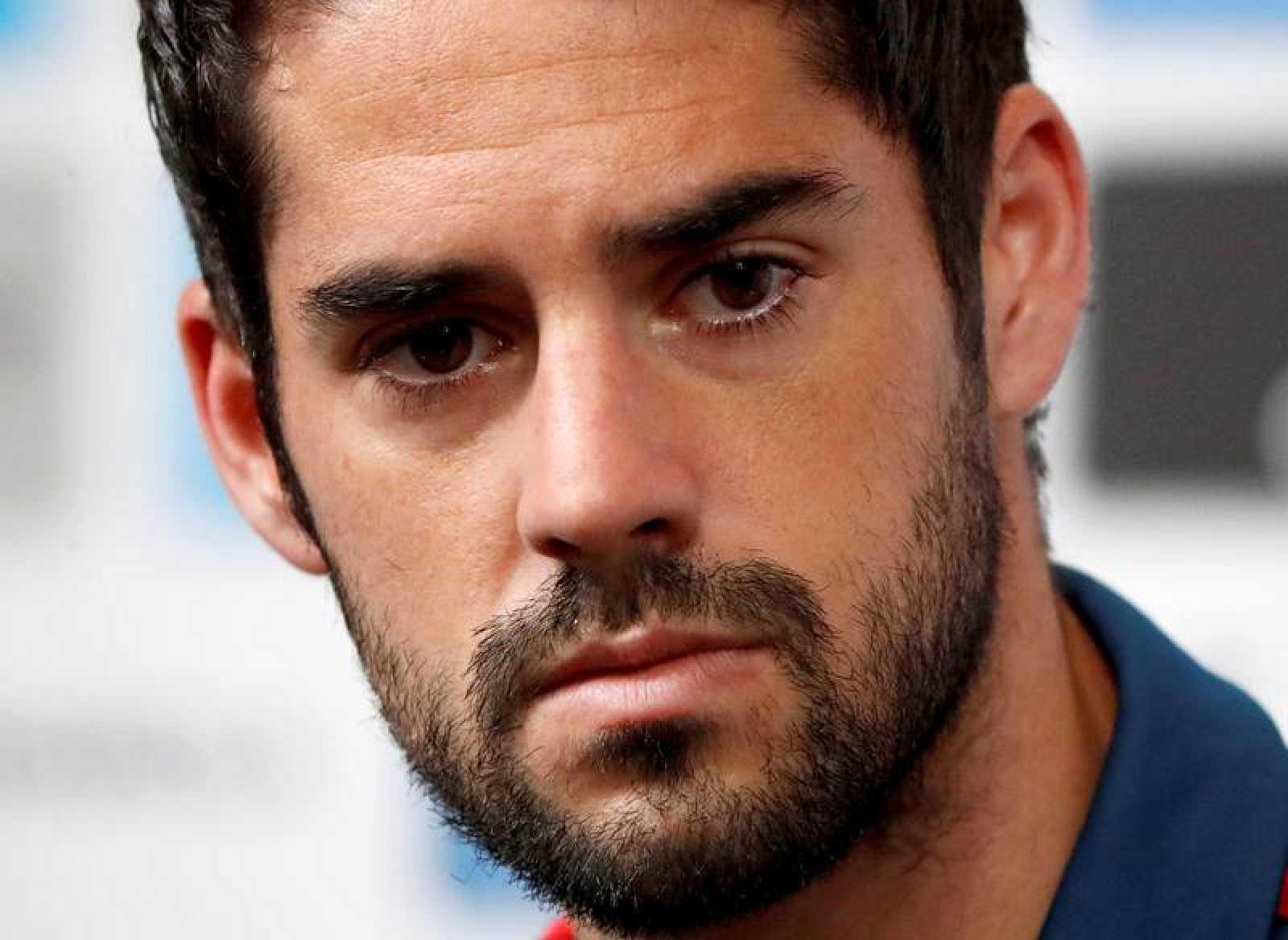 El centrocampista de la selección española Isco Alarcón en la rueda de prensa.
