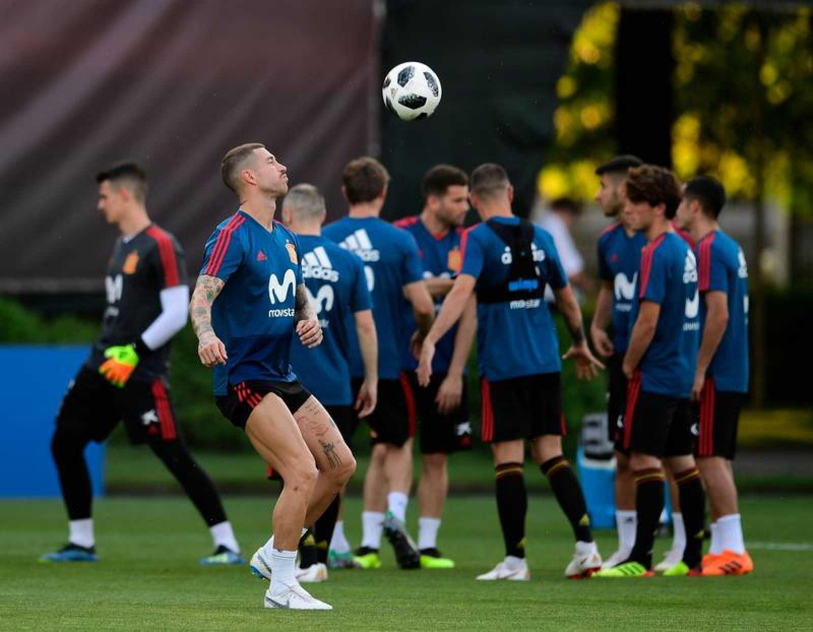 La selección española durante el entrenamiento del equipo.