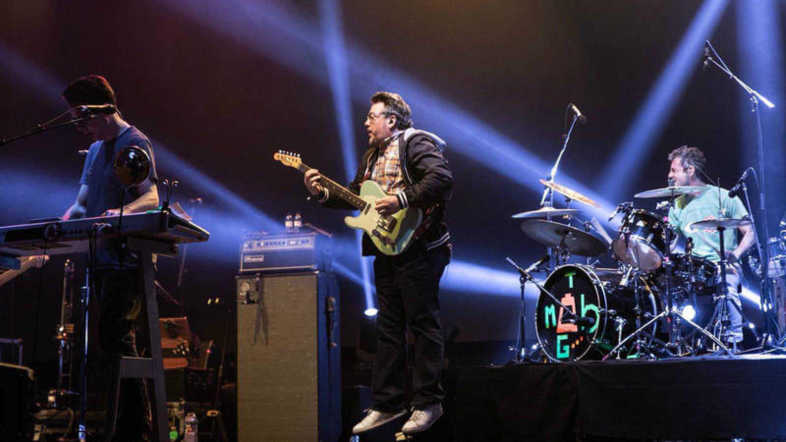 They Might Be Giants en un momento de su concierto en VIDA
