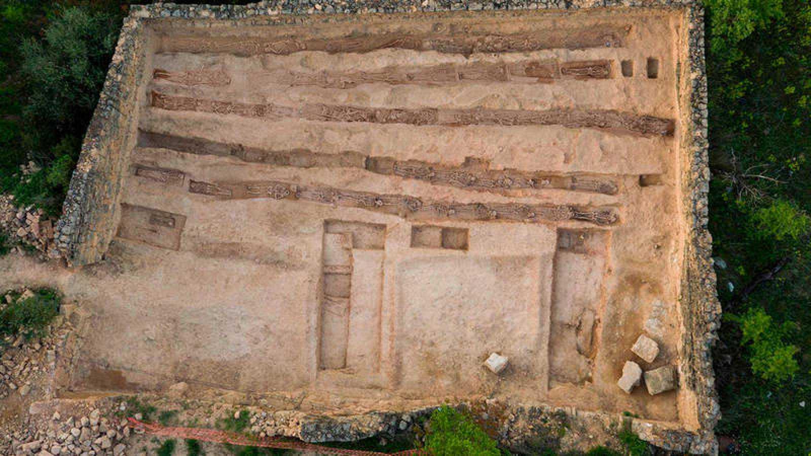 Imagen de la fosa de Soleràs