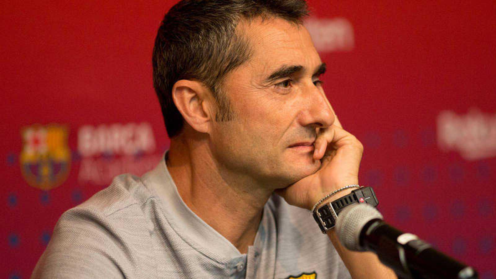 """Valverde: """"Es posible que haya alguna incorporación para aspirar a todo"""""""