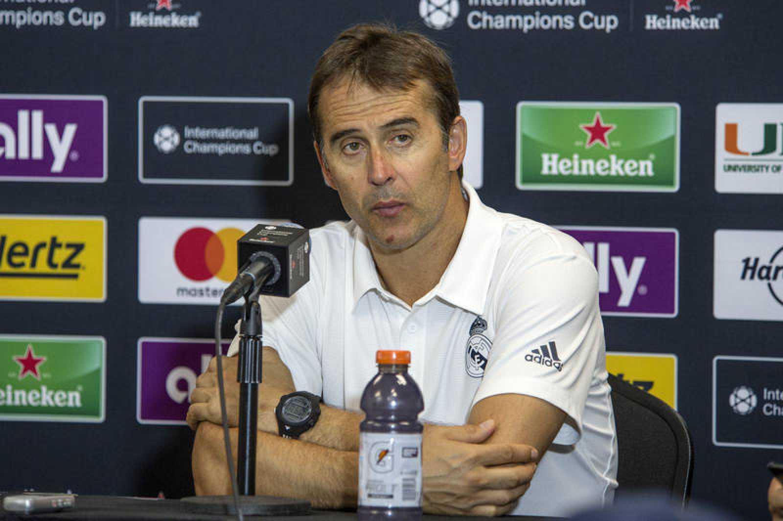 El entrenador del Real Madrid, Julen Lopetegui, en rueda de prensa tras el partido ante el Manchester United.