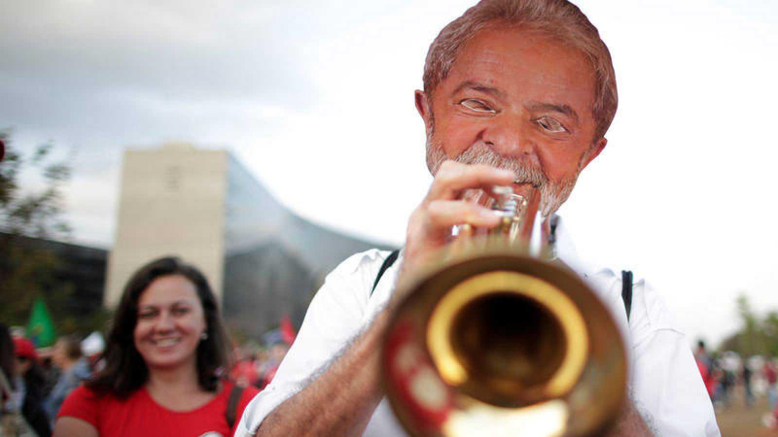 La fiscal general de Brasil presenta una impugnación a la candidatura de Lula a la Presidencia