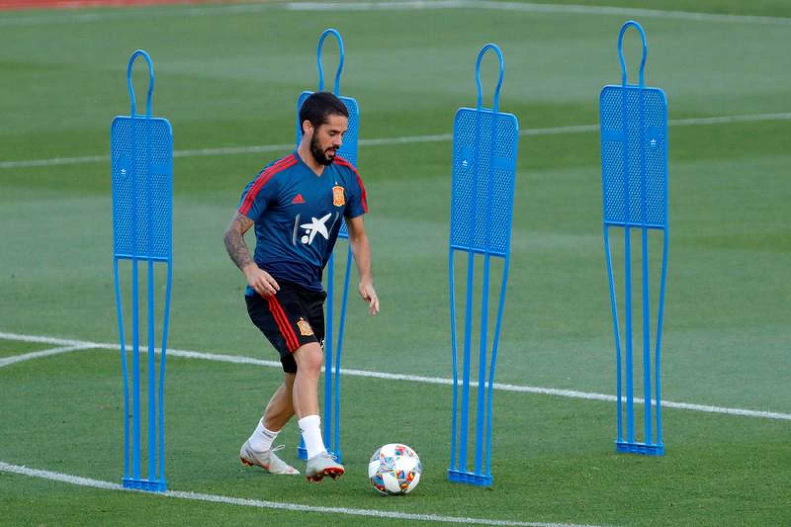 Isco Alarcón durante el entrenamiento de la selección en Las Rozas (Madrid).