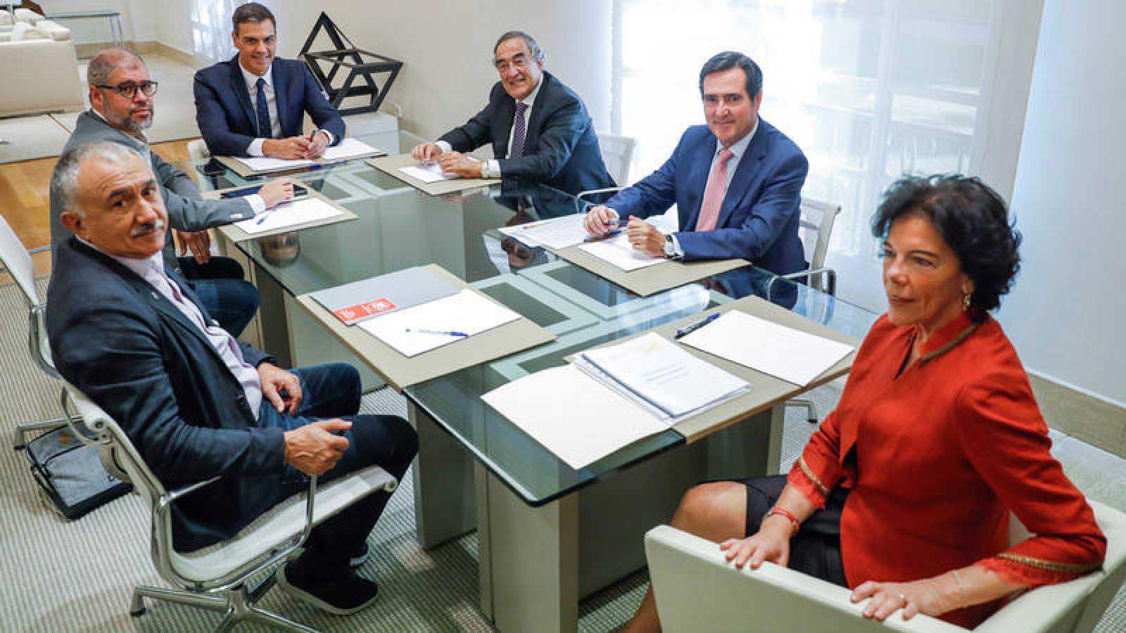 Reunión en La Moncloa sobre el futuro de la FP