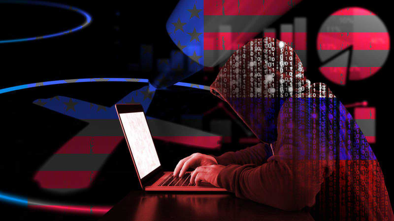 Recreación de un hacker ruso tecleando en su portátil frente a una papeleta electoral estadounidense