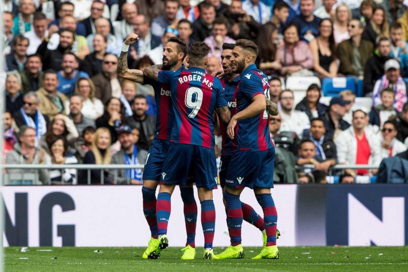 Jornada 9   Real Madrid 1-2 Levante   El Levante sacude el Bernabéu y deja  a Lopetegui más fuera que dentro - RTVE.es