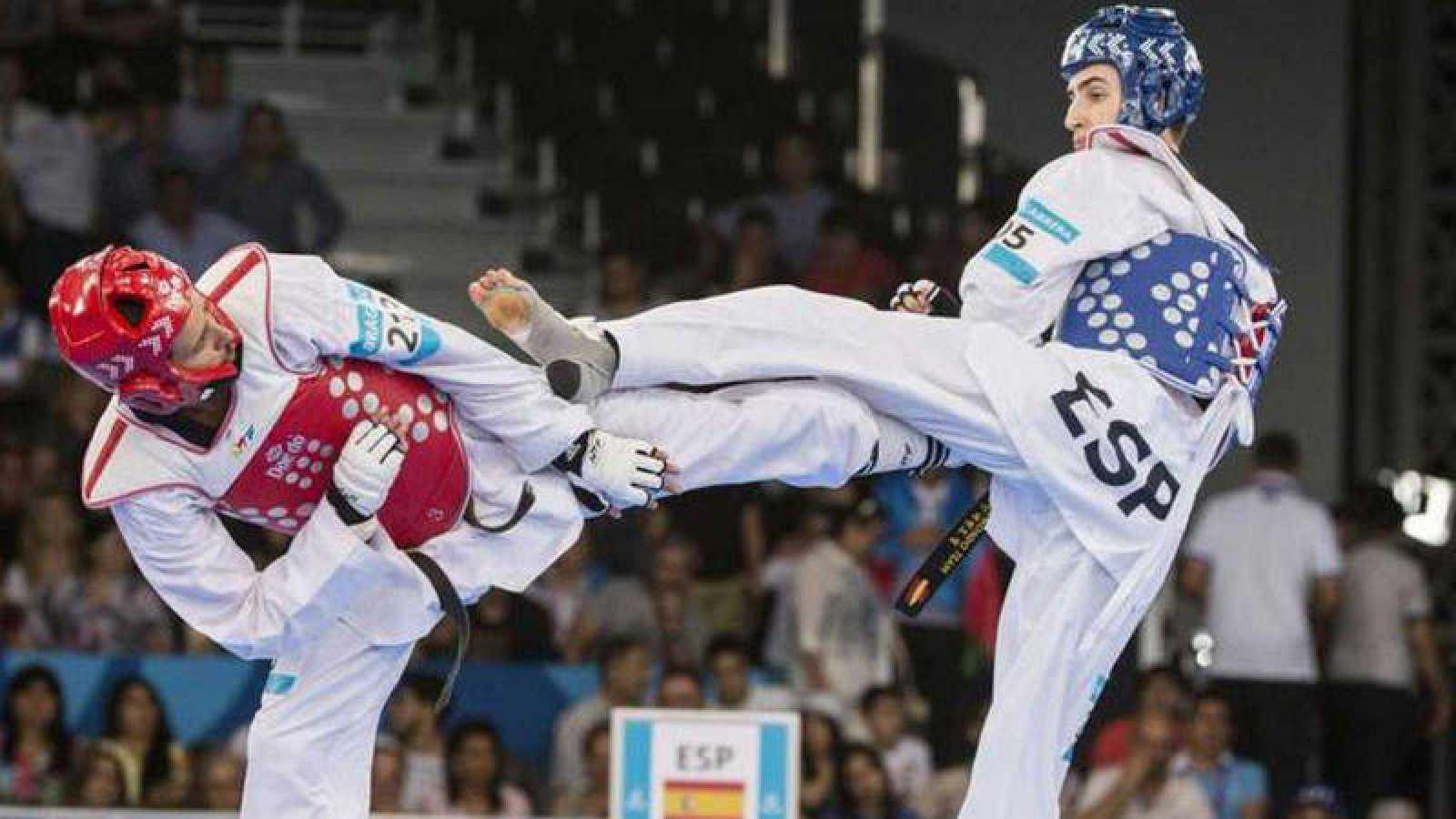 Jesús Tortosa plata, en el Grand Prix de taekwondo