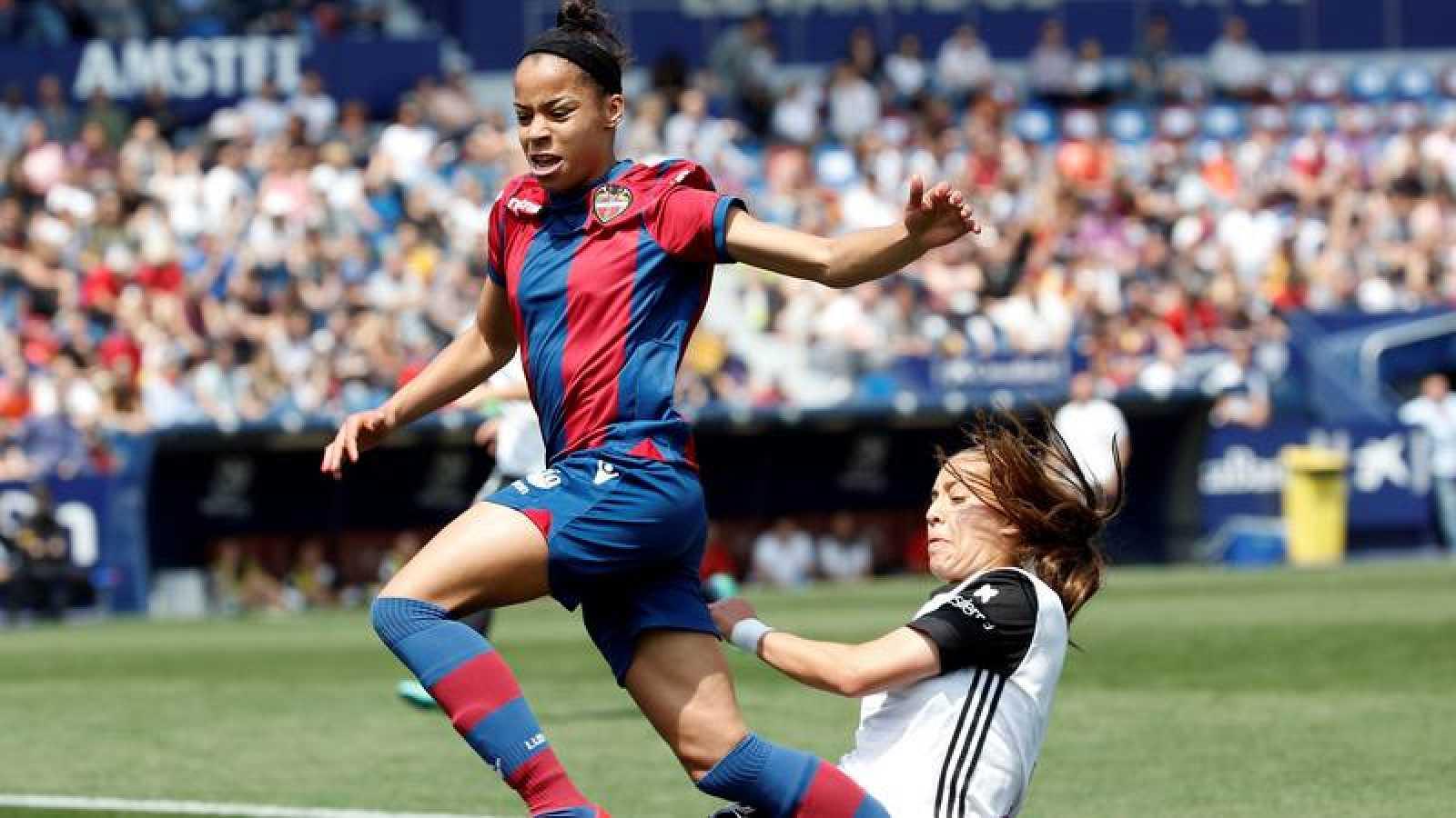 SIn acuerdo entre la patronal y los sindicatos por el convenio del fútbol femenino