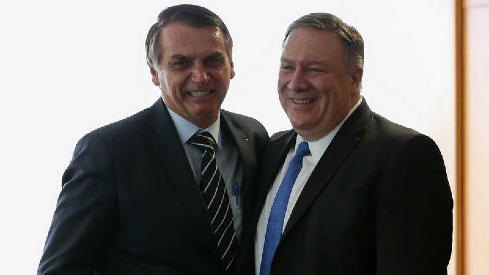 Jair Bolsonaro y Mike Pompeo este miércoles en Brasilia