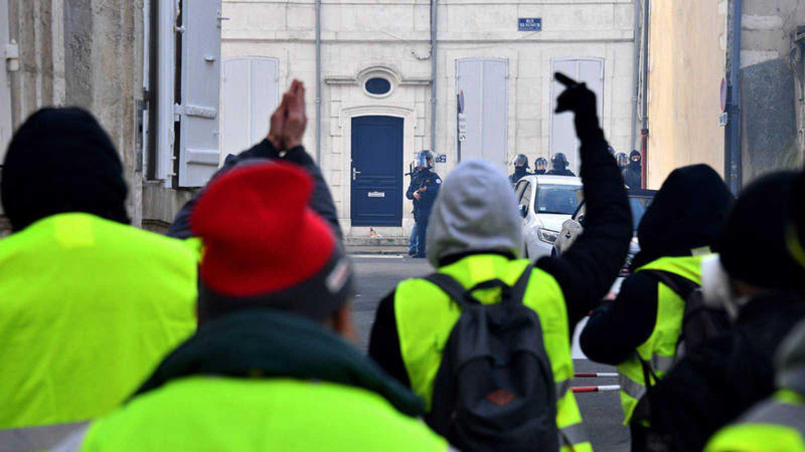 Chalecos amarillos durante las protestas del pasado sábado en París