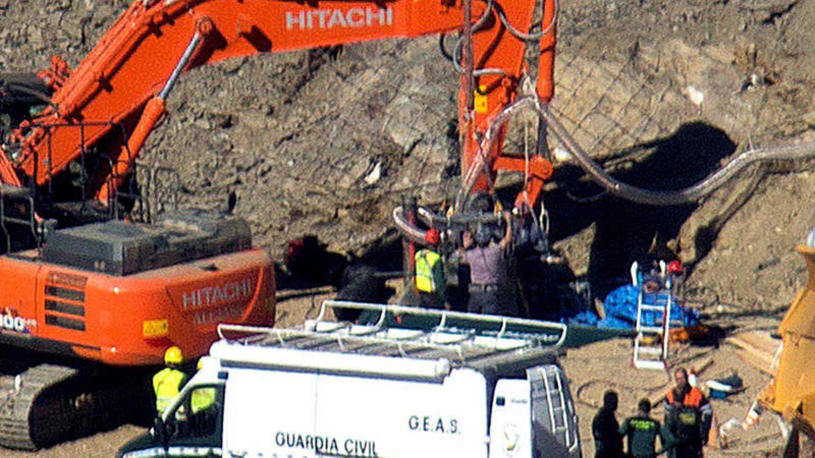 La excavación de la galería horizontal para llegar hasta Julen ha avanzado hasta los 3,15 metros