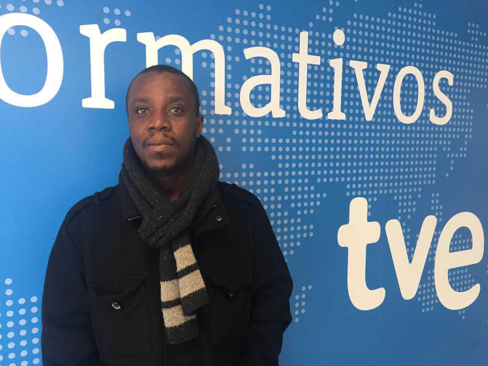 Silas Siakor durante su visita a las instalaciones de RTVE.es