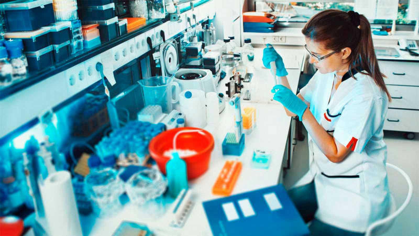 Los Premios Nobel en Química, Física, Fisiología y Medicina han sido obtenidos por 599 hombres, frente a las 17 mujeres.