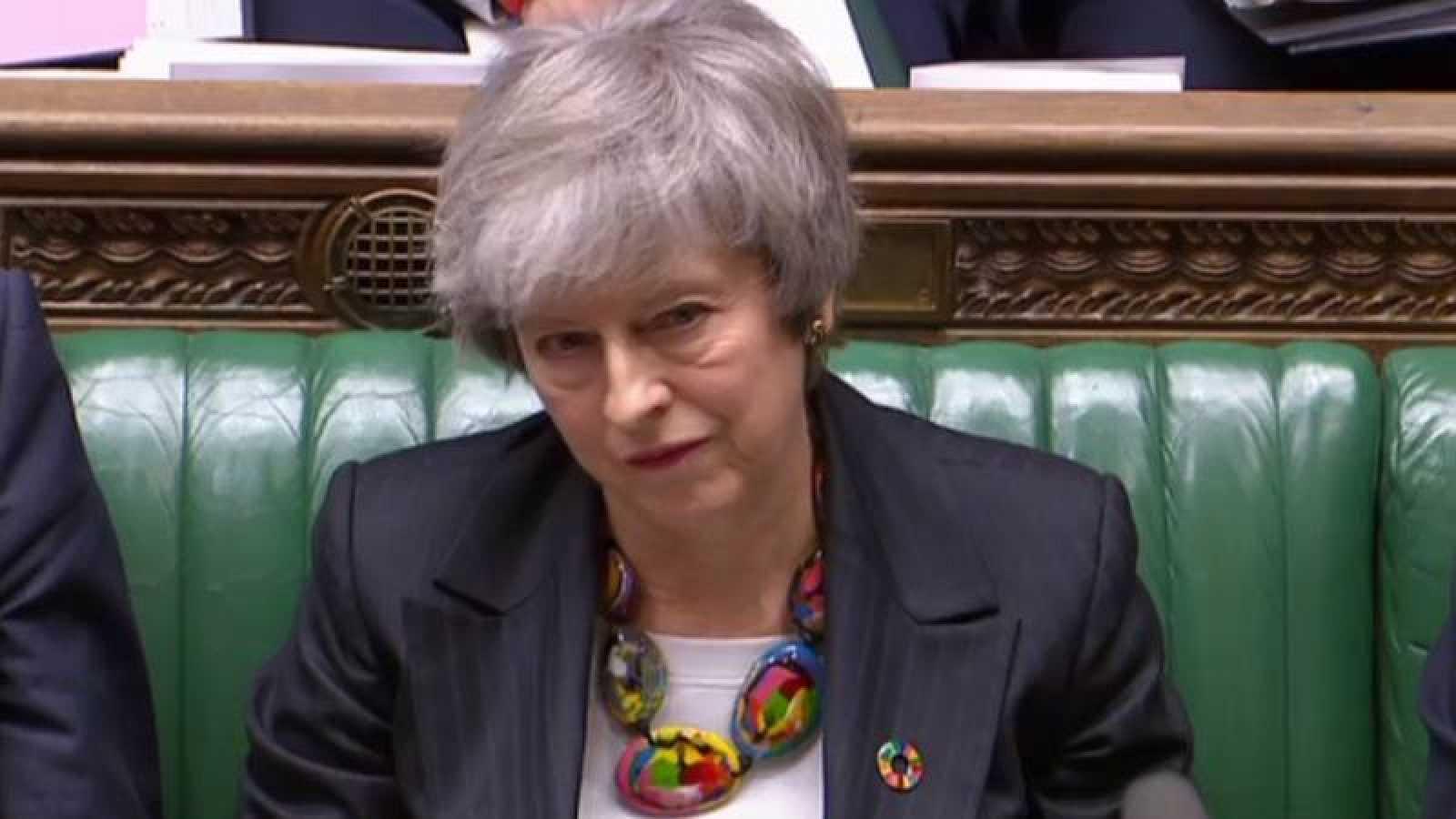 La primera ministra británica, Theresa May, comparece en el Parlamento