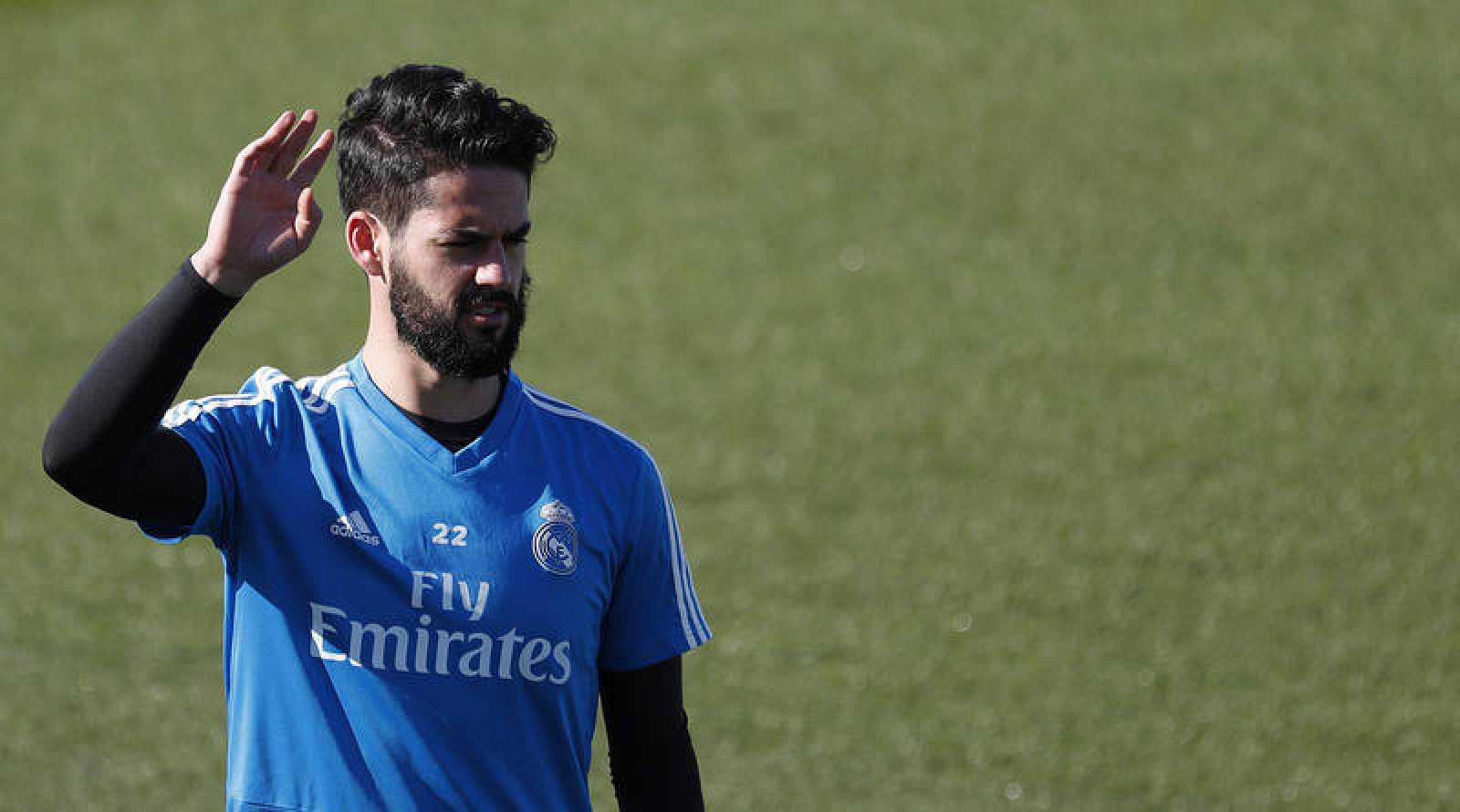 El centrocampista del Real Madrid Francisco Isco, durante el entrenamiento realizado este martes en la Ciudad Deportiva de Valdebebas.