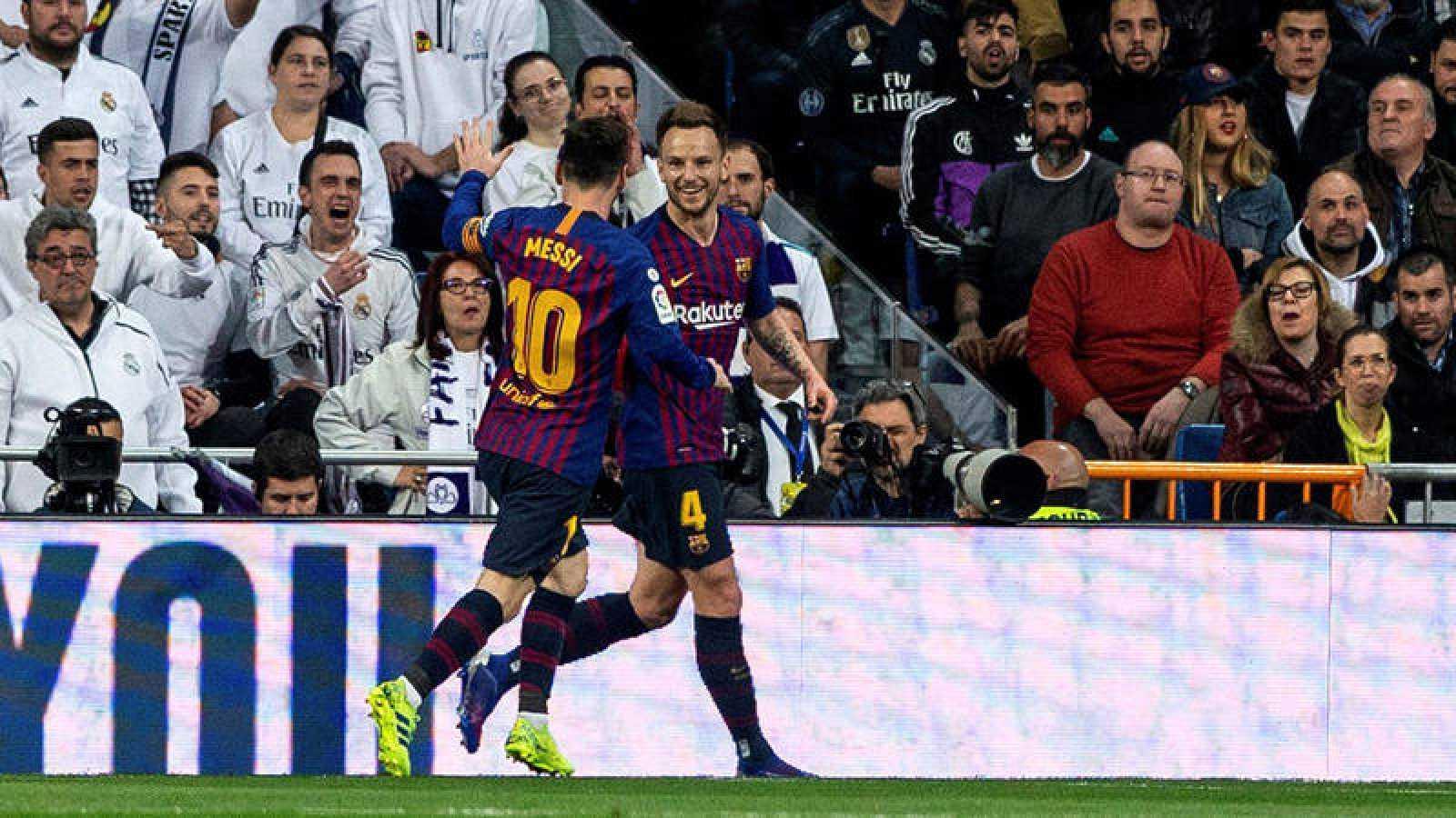 Rakitic celebra el gol de la victoria del Barça en el Bernabeu