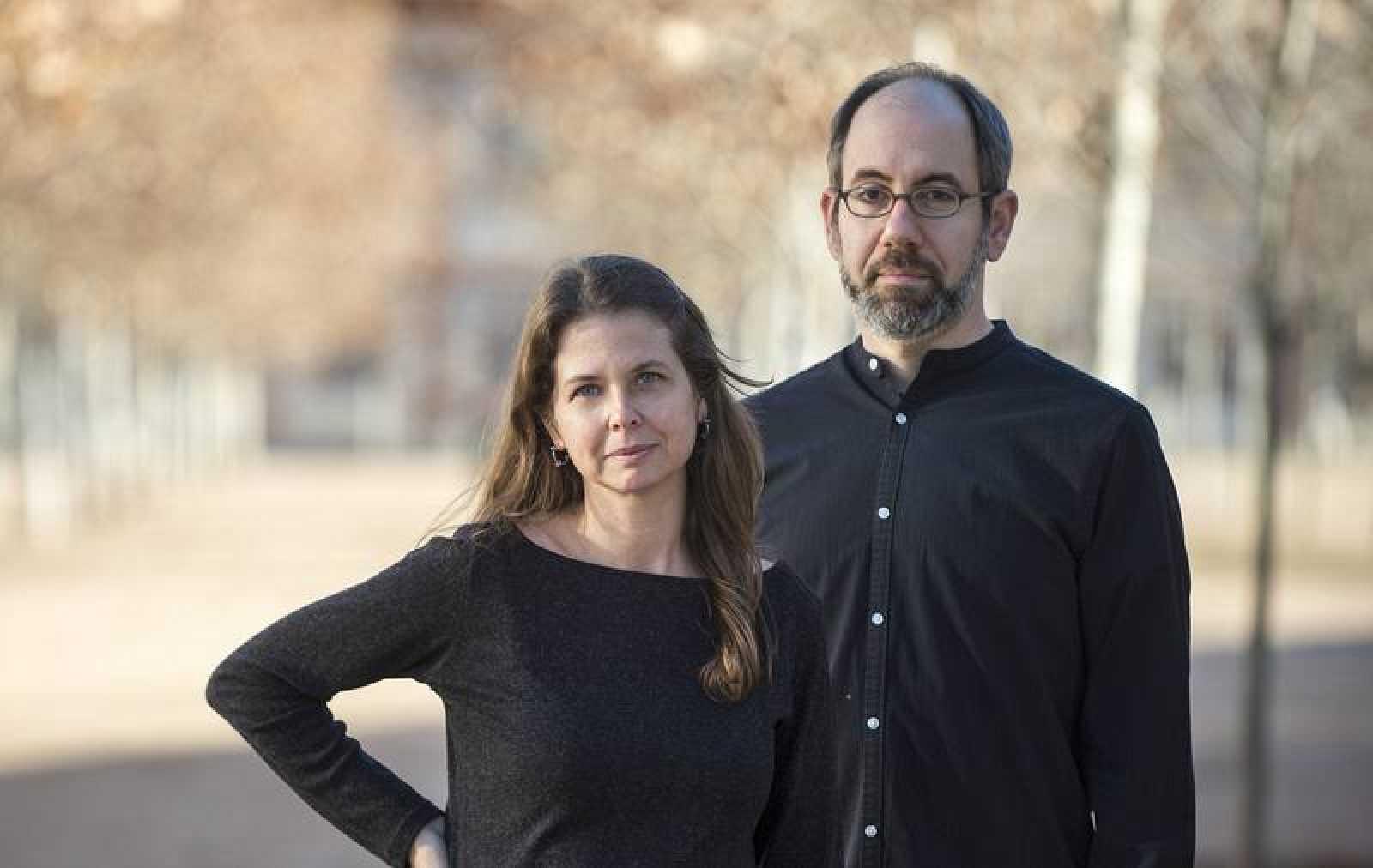 Almudena Carracedo y Robert Bahar, directores del documental