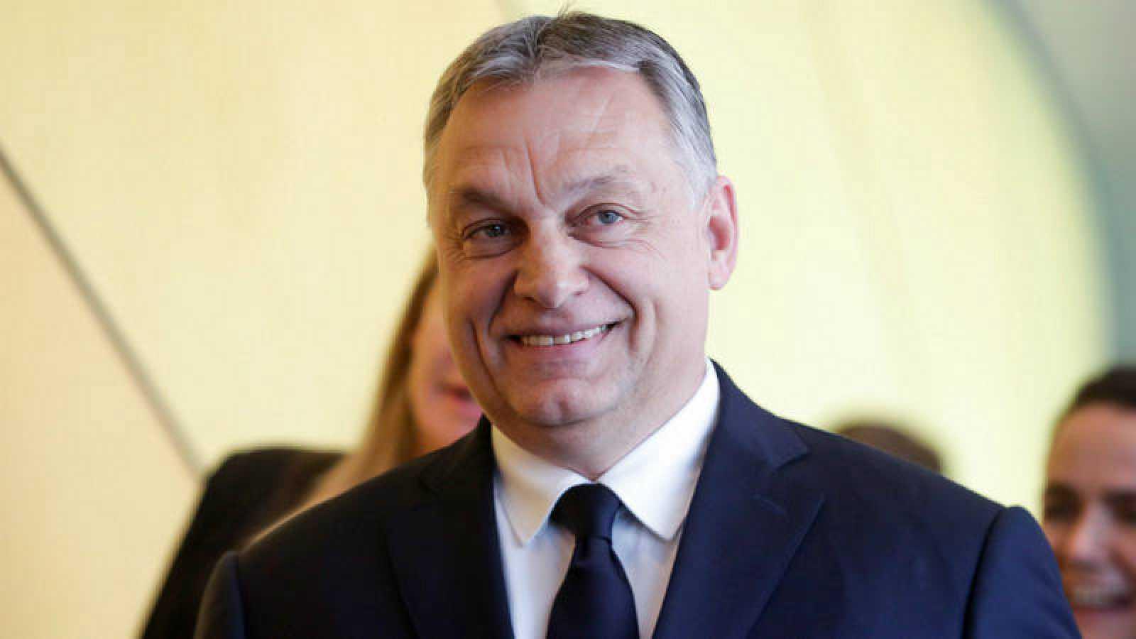 El primer ministro de Hungría anuncia que su partido abandona el Partido Popular Europeo