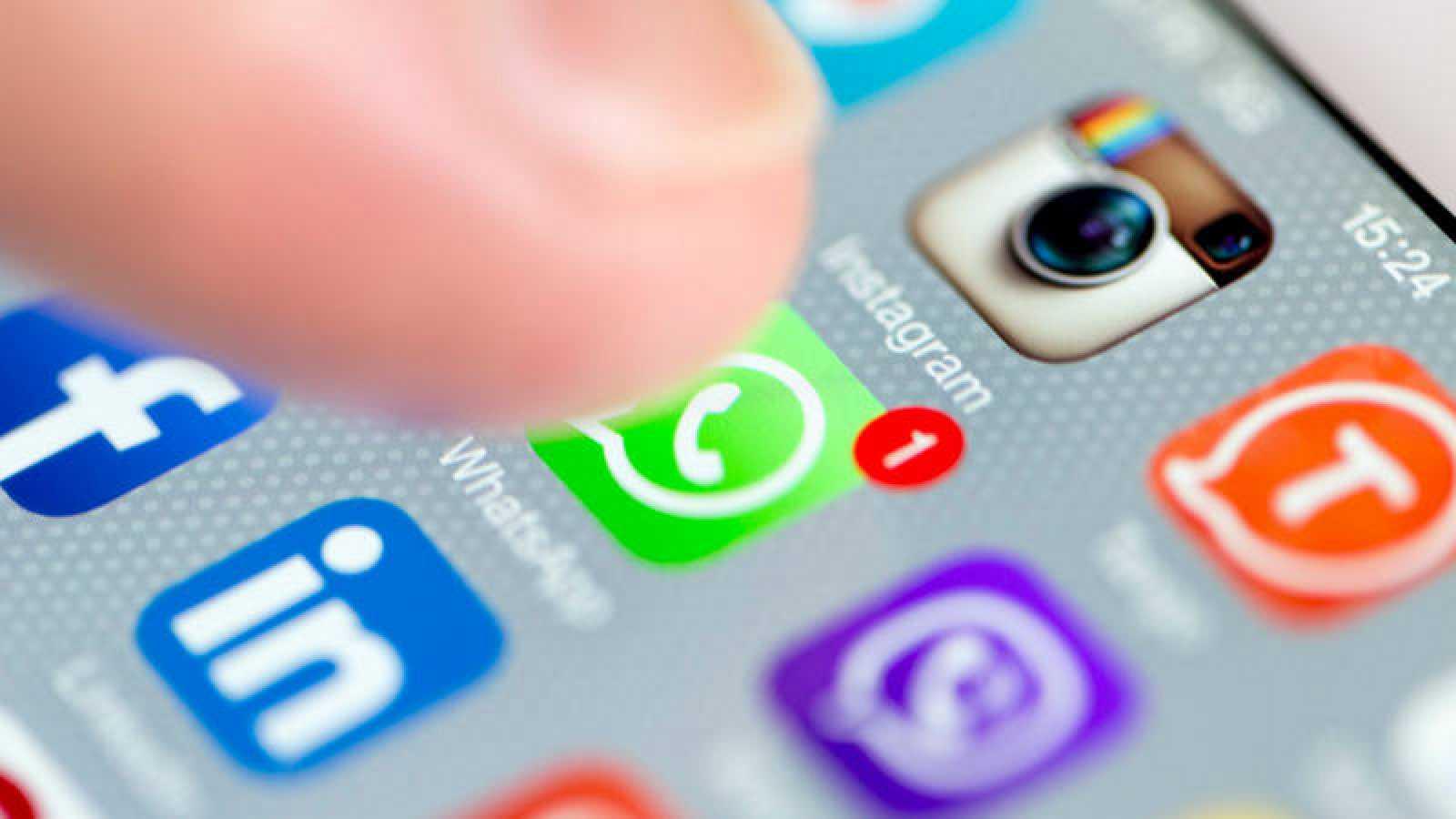 Elecciones generales en España - Whatsapp y fake news