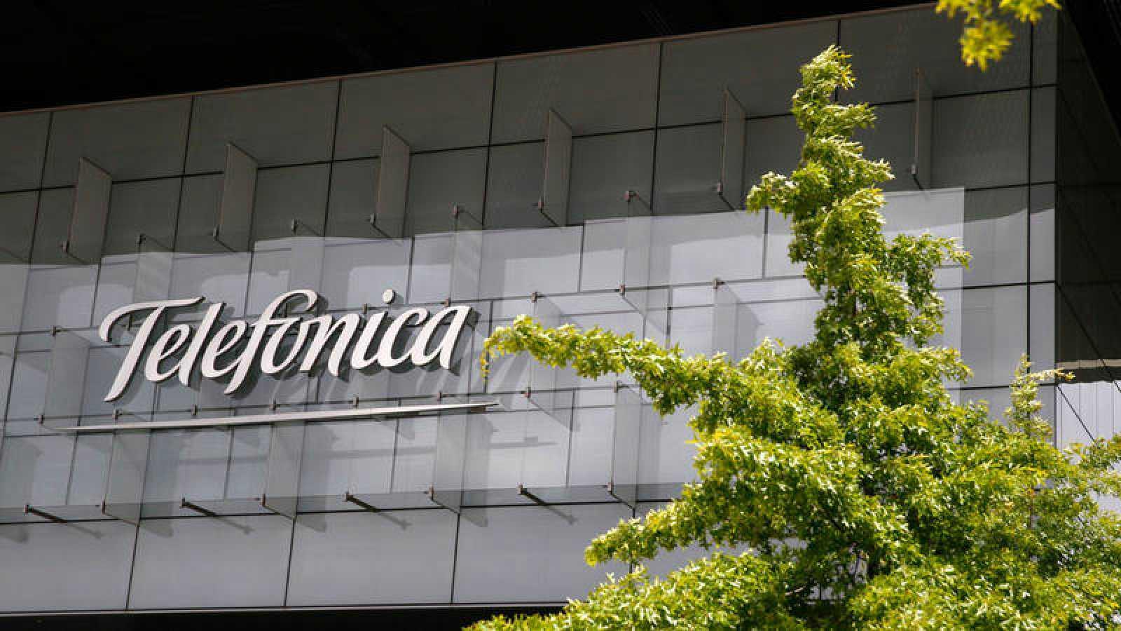 El TC anula una sanción de casi 26 millones de euros a Telefónica