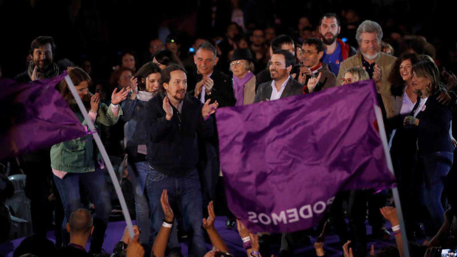 El secretario general de Podemos, Pablo Iglesias, y otros dirigentes de la formación morada