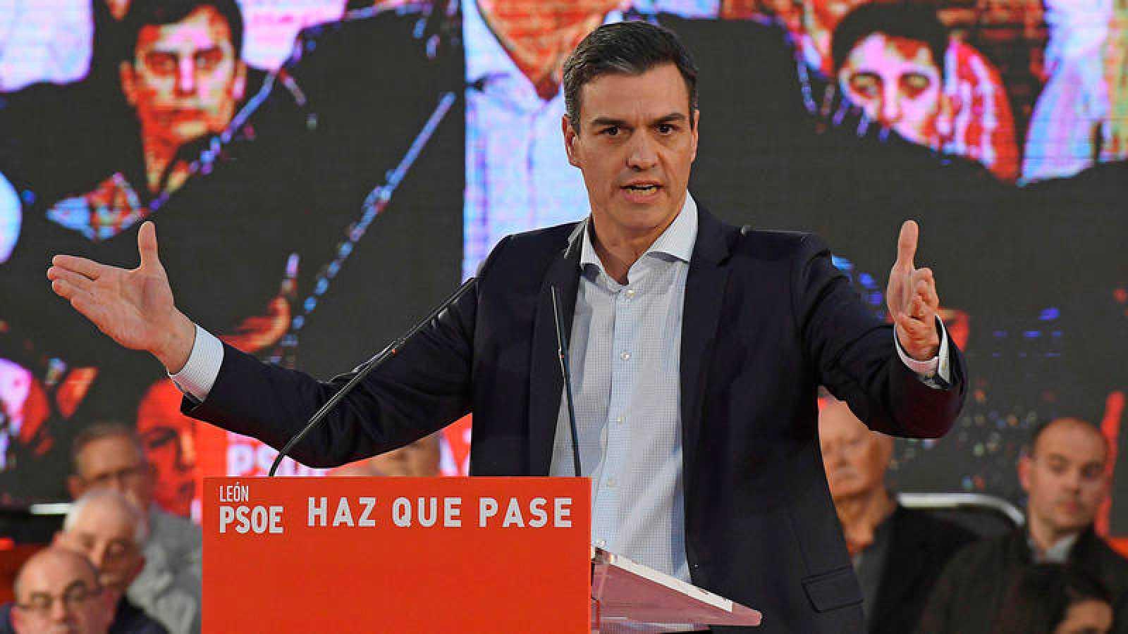 El presidente del Gobierno y candidato socialista a la reelección, Pedro Sánchez, en un acto electoral de precampaña en León.
