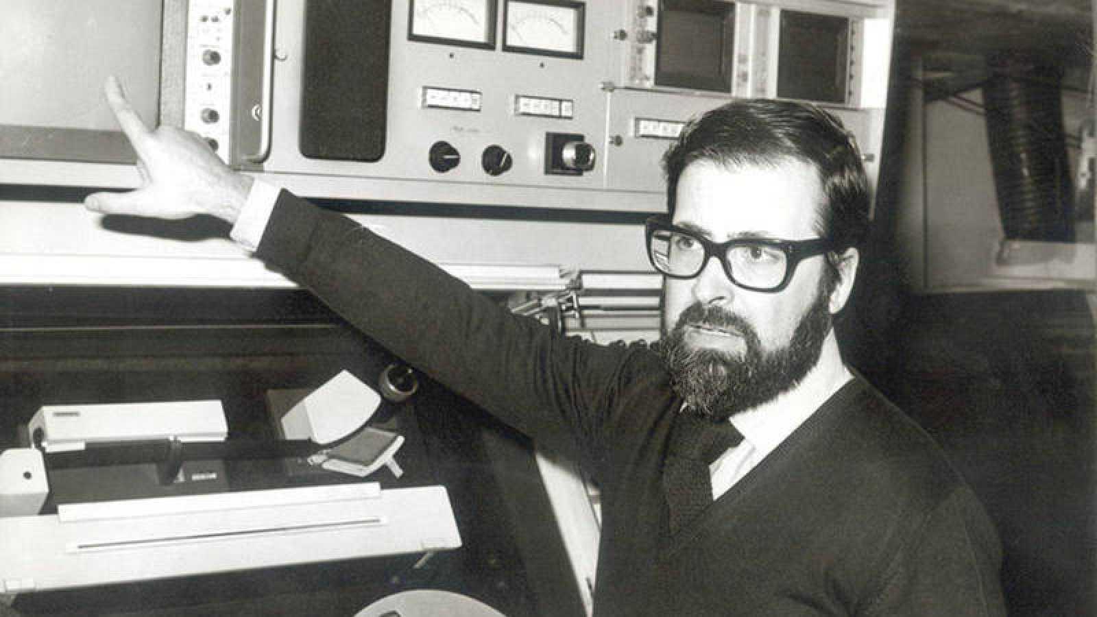 Cineastas, actores, escritores o presentadores de televisión se despiden de 'Chicho' Ibáñez Serrador.