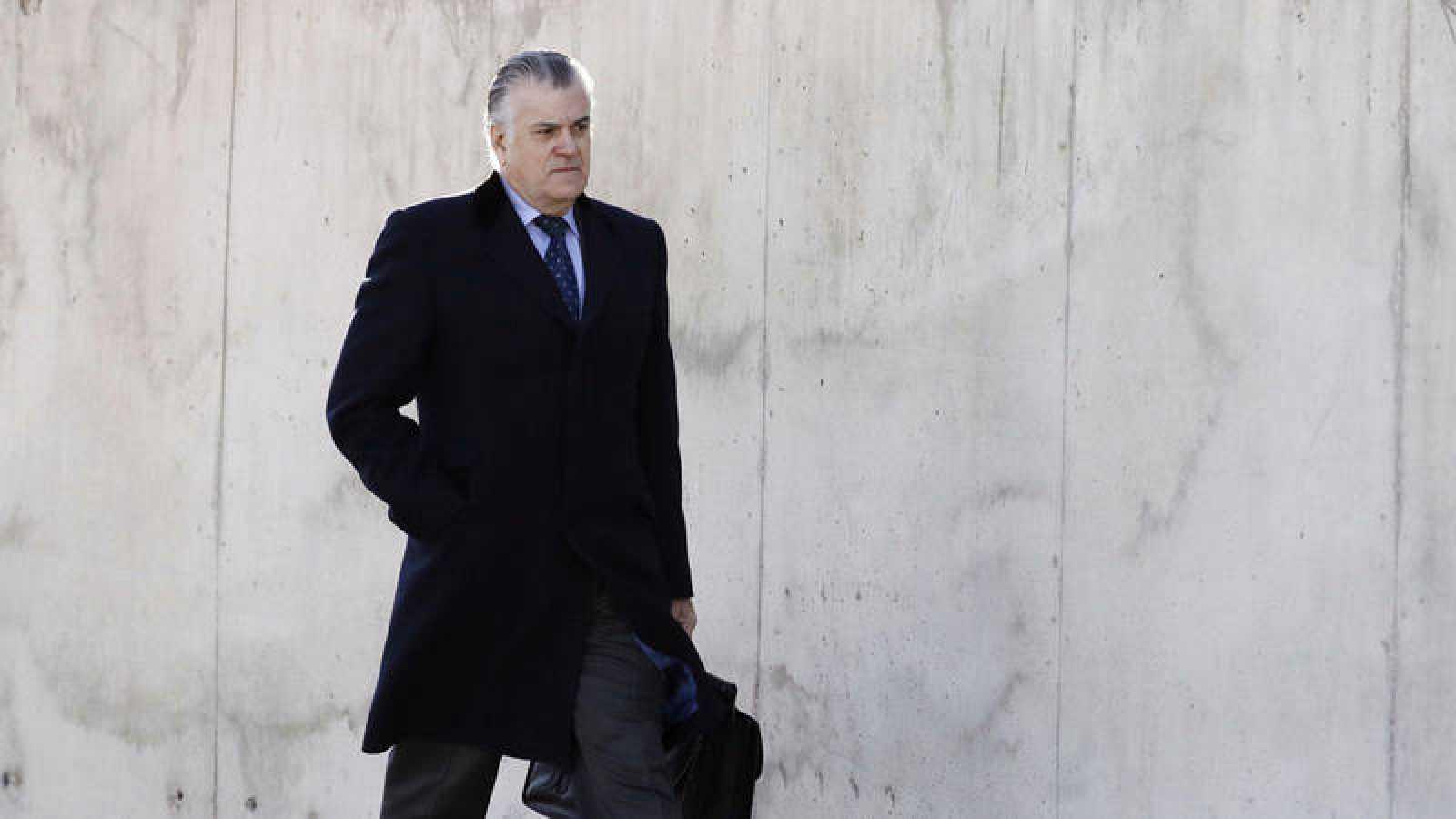 Imagen de archivo en la que aparece el extesorero del PP Luis Bárcenas