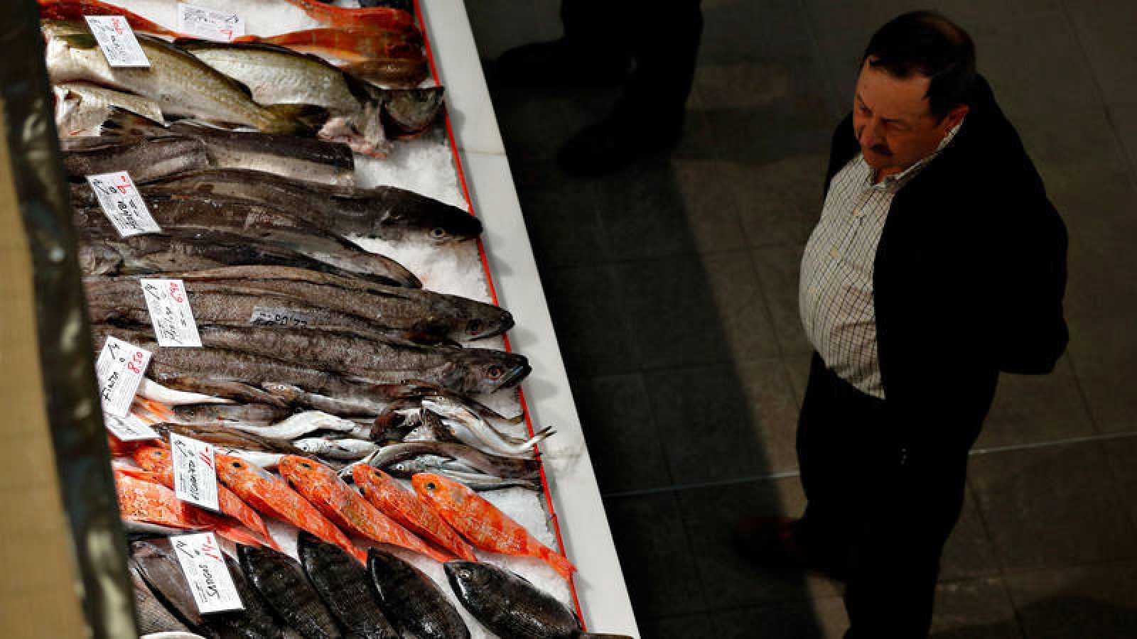 La alimentación, junto a la vivienda y el transporte, sigue acaparando buena parte del gasto de las familias españolas