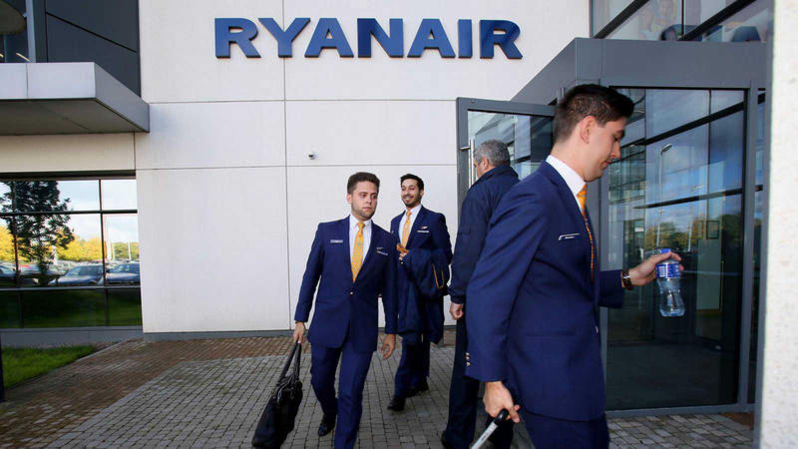 Empleados de Ryanair en una foto de archivo
