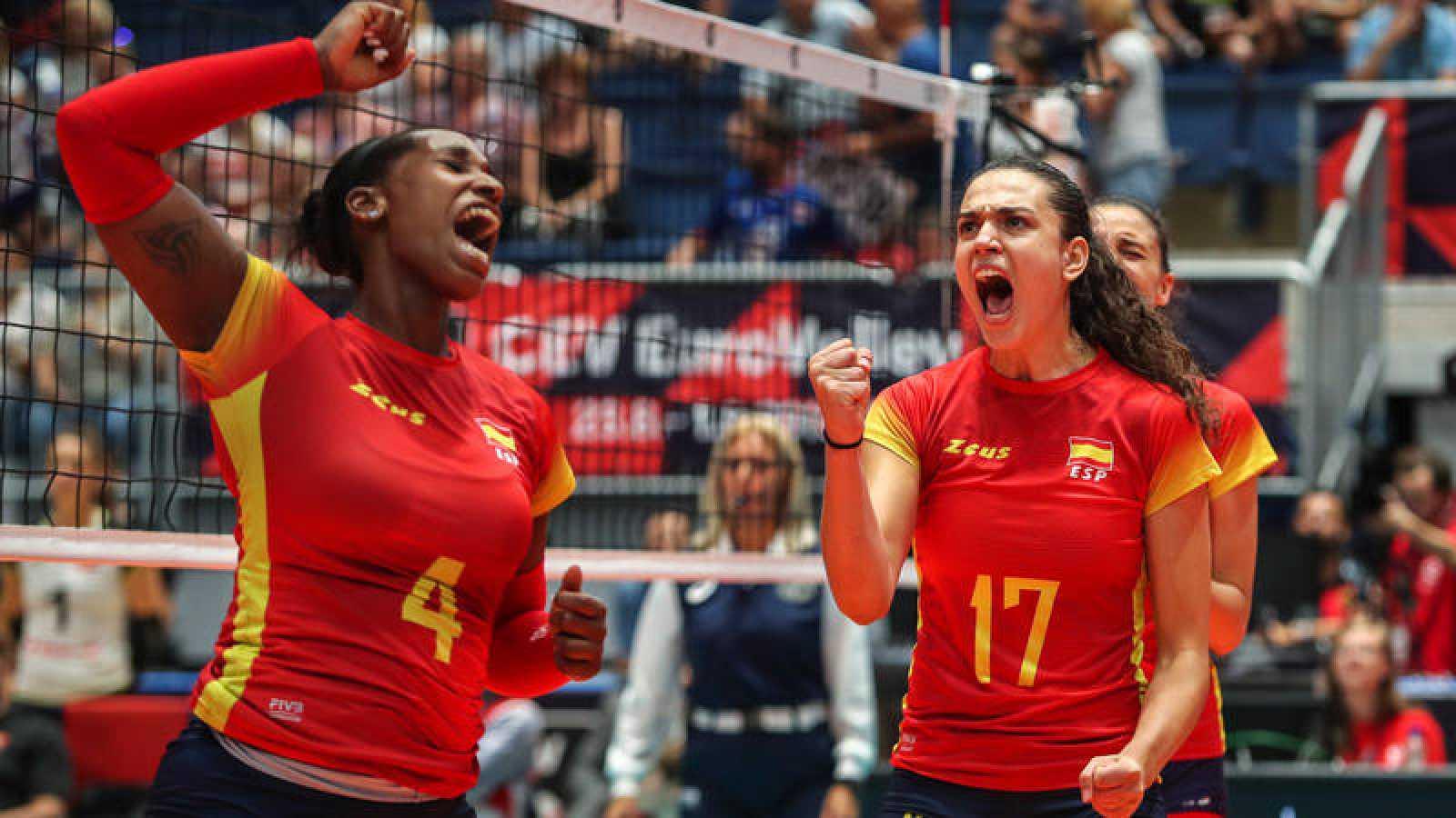 España remonta ante Suiza y sueña con estar en octavos de final